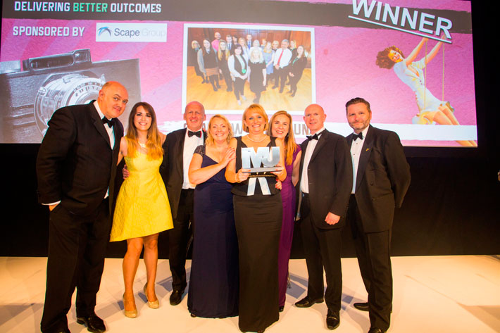 Delivering Better Outcomes Award winners - Glasgow City Council - Dara O'Briain, Fiona Smith, John Pearson, Janice Preston, Sandra McDermott, Morag Johnston, Cllr Philip Braat, Simon McEneny (Liverpool City Council)