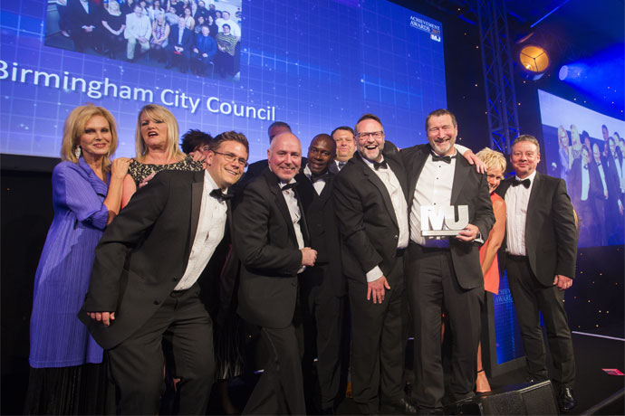 Best Council Services Team Category Award winners - Birmingham City Council - Joanna Lumley, Joy Carter, Claire Pettit, Ken Lyon, Derek Price, Paul O'Brien (APSE), Keith Brown, Wayne Edge, Brian Cape, Dale Wild, Karen Parry, Dale Guest