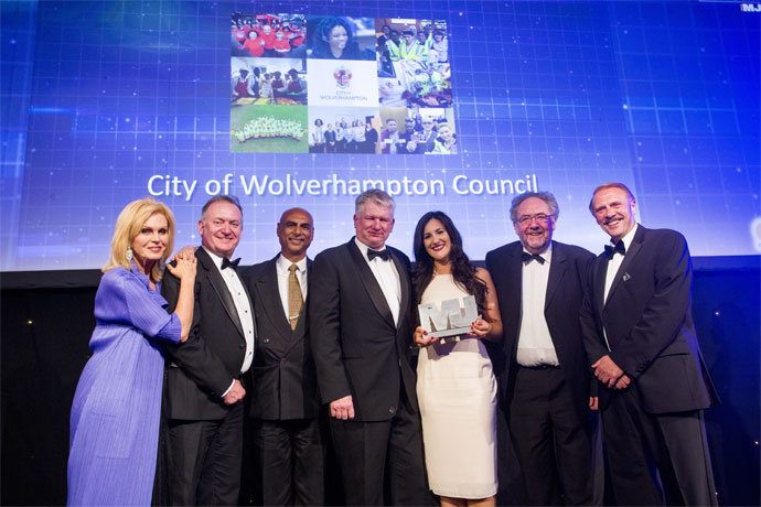 Excellence in Governance Scrutiny Team Category Award winners - City of Wolverhampton Council - Joanna Lumley, Kevin O'Keefe, Cllr Milkinderpal Jaspal, Keith Ireland, Rachel Ratcliffe, Cllr Roger Lawrence, Brian Roberts (Centre for Public Scrutiny)